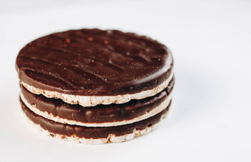 Chocolate rice cakes. Healthy dessert. - image #452167 gratis