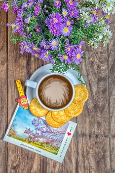 Coffee with crackers, flowers and postcard - image #452447 gratis