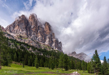 Nice place for a walk, Dolomiti - image #455017 gratis
