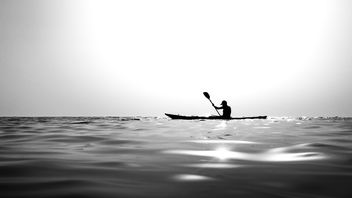 Canoeing - Paola, Italy - Black and white photography - image gratuit #455177