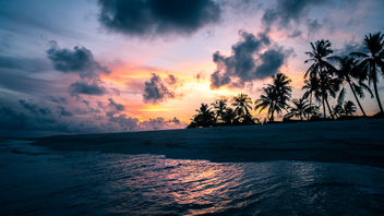 Sunset on the sea - Maldives - Travel photography - бесплатный image #455637