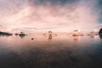 Pumpboats docked at the beach in Sipalay - Free image #456727