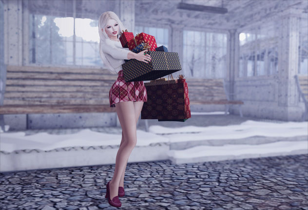 Style - As The Shoppers Rush Home With Their Treasures - бесплатный image #457487