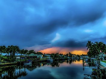 Dramatic sunset... - image gratuit #462507