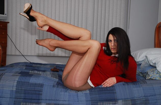 Sexy Long Legs In Pantyhose And Red Top - бесплатный image #470987